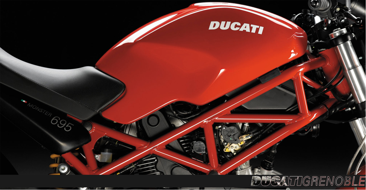Accessoires Ducati Performance Monster Carbu Ducati Grenoble